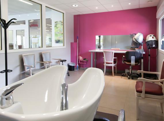 Résidence Les Jardins de la Chénaie salon de coiffure